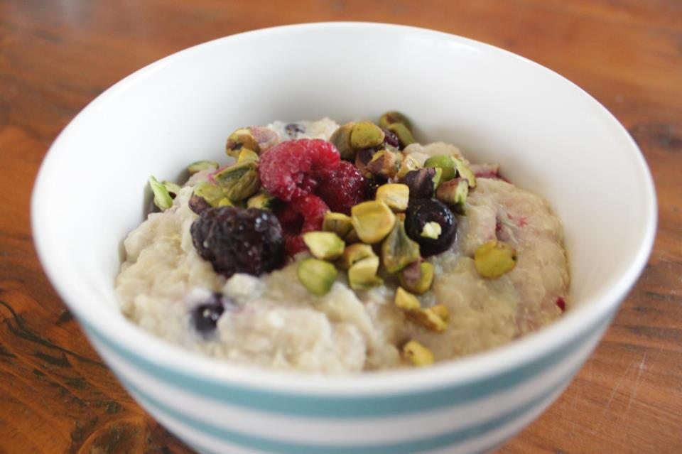 Berry and Pistachio Quinoa Porridge